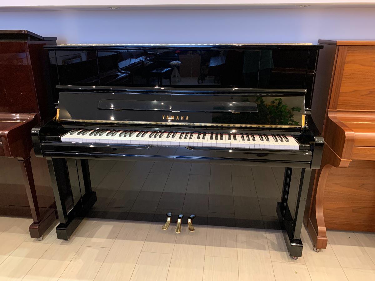 Пианино Ямаха, мод. U1J PE Цена - 270 тыс. рублей